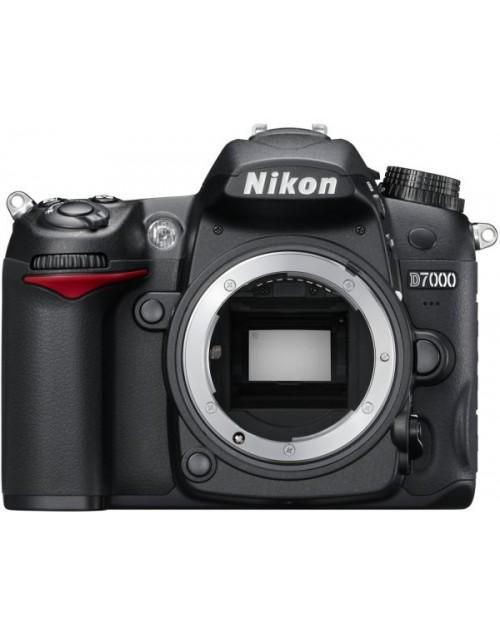 نيكون - D7000